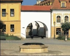 Historická studňa